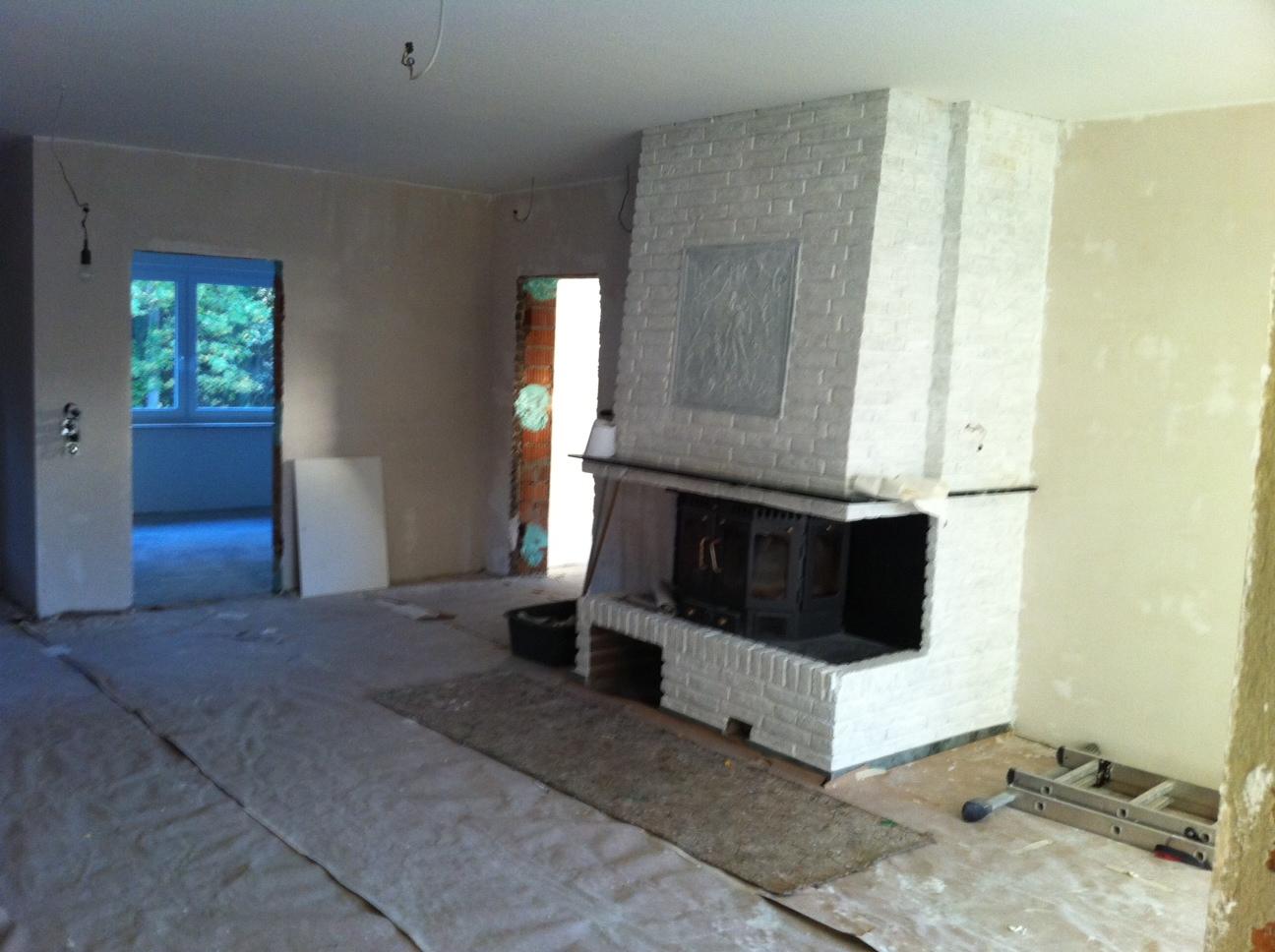 kamin neu verkleiden alten kamin mit wasserf hrung. Black Bedroom Furniture Sets. Home Design Ideas