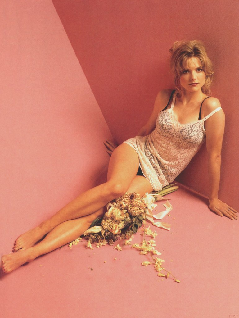 Lingerie smith courtney thorne